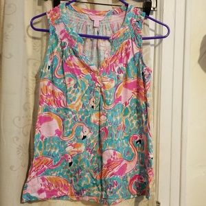 Gently used Lilly Pulitzer essie top